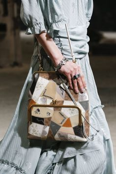 Coach 1941 Spring 2019 Ready-to-Wear Fashion Show Details: See detail photos for Coach 1941 Spring 2019 Ready-to-Wear collection. Look 71 Coach 1941, Malm, Fashion Show, Fashion Brands, Ready To Wear, Satchel, Fashion Accessories, Shoulder Bag, Handbags