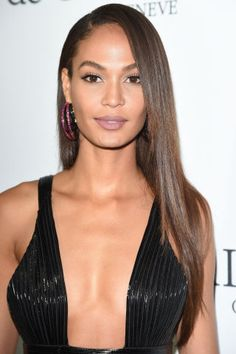 The best celebrity beauty looks spotted at Cannes: Joan Smalls's purple lipstick