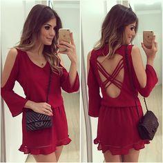 {Red} Vestido @banana.lima ❤️ • #ladyinred #selfiedodia #pranaoperderocostume…