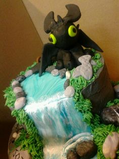 How to Train Your Dragon cake preview by Christina's Creations.  Cupcakes48074.weebly.com