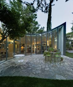 Single House Re-Using a Former Water Cistern,© David Frutos