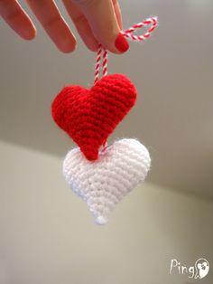 Ravelry: Martenitsa Little Hearts pattern by Pingo - The Pink Penguin Crochet Gloves Pattern, Crochet Patterns, Crochet Hearts, Crochet Baby, Crochet Mobile, Baba Marta, Pattern Library, Heart Patterns, Photo Tutorial