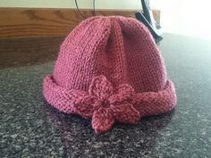 Ravelry: Dozen Baby Hats (in the round) pattern by Denise Balvanz