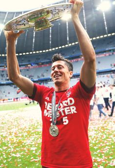 Lewy and Meisterschale