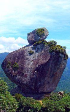 Pedra Peito de Pombo, Rio de Janeiro
