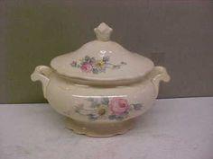 Homer Laughlin sugar bowl