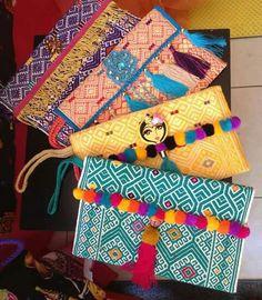 Mexico Style, Mexico Art, Estilo Fashion, Diy Fashion, Diy And Crafts, Arts And Crafts, Mexican Embroidery, Free To Use Images, Boho Bags