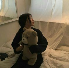 cute girl ulzzang 얼짱 pretty kawaii adorable beautiful hot fit korean japanese asian soft aesthetic 女 女の子 g e o r g i a n a : 人 Mode Ulzzang, Ulzzang Korean Girl, Cute Korean Girl, Ulzzang Couple, Asian Girl, Beige Aesthetic, Korean Aesthetic, Aesthetic Girl, Aesthetic Photo