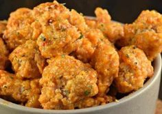 The Best Bang Bang Chicken Recipe (Sweet and Spicy!)- After the delicious Bang Bang! Shrimp, here is a Bang Bang chicken recipe that is spicy, a little sweet, crispy and super easy to make … Meat Recipes, Slow Cooker Recipes, Healthy Dinner Recipes, Chicken Recipes, Cooking Recipes, Cajun Recipes, Crispy Chicken, Tandoori Chicken, Fried Chicken
