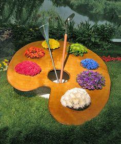 Dream garden for an artist....cute