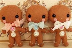 Gingermelon - Gingerbread Man via Etsy. Christmas Gingerbread, Noel Christmas, Christmas Ornaments, Ornament Pattern, Felt Dolls, Felt Ornaments, Felt Crafts, Holiday Crafts, Craft Projects