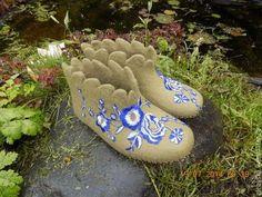 """Обувь ручной работы. Ярмарка Мастеров - ручная работа. Купить Тапочки """"Цветы на зеленом"""". Handmade. Оливковый, термоаппликация"""