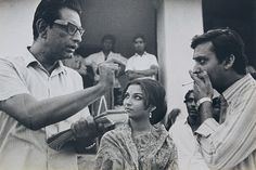 Ray directing Sharmila Tagore and Soumitra Chatterjee in Days and Nights in the Forest (1969)