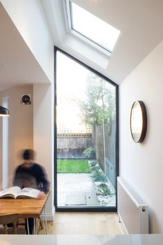 Large Open Plan Kitchens, Open Plan Kitchen Diner, Open Plan Kitchen Living Room, Victorian Terrace, Victorian Homes, Kitchen Extension Side Return, Ercol Dining Chairs, Two Storey House, Exposed Brick Walls