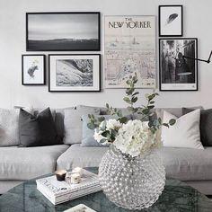Hemnet godis från mitt kvarter - snyggt med det gröna marmorbord och den gröna lampskärmen 👌🏼 #hemnet #vardagsrum#inredning #interior4all #interior123 #interiorinspo #hem #heminredning #interiordesign #interiordecoration #deco #myhome #myhouse #inredningsdetalj #finahem #mitthem #interior #interiör #design #inspiration #homedecor #interiors #dagensinterior #interiorforyou #inredningstips #nordiskehjem #mitthem bild @visionmakleri