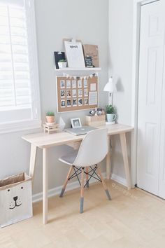 8 Endless ideas: Minimalist Home Small Tiny House minimalist bedroom neutral benches.Minimalist Home Colour Woods minimalist bedroom color shelves.Minimalist Bedroom How To Beds. Home Office Design, Home Office Decor, Office Designs, Office Table, Ikea Office, Small Home Office Desk, Small Home Offices, Tiny Office, Bed Designs