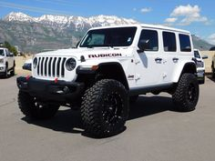 2019 Jeep Wrangler Unlimited Rubicon Lifted Custom New Wheels Tires Jeep Wrangler Rubicon Unlimited, Wrangler Jeep, Lifted Jeep Rubicon, Lifted Jeep Wranglers, White Rubicon Jeep, Jeep Wrangler Interior, Jeep Unlimited, Lifted Jeeps, Auto Jeep