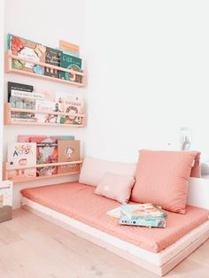 Haus Kinderspielzimmer - # Kinderspielzimmer - # Kinderzimmer, # Babyzimmer Bathroom Vanities: The F Playroom Design, Playroom Decor, Kids Room Design, Playroom Ideas, Playroom Seating, Playroom Organization, Wall Decor Kids Room, Kids Playroom Furniture, Baby Design