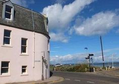 Beach House, North Berwick, East Lothian (Sleeps 8) Self Catering Holiday Accommodation in Scotland. Treat Yourself – Luxury – Travel – UK