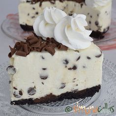 No Bake Chocolate Chip Cheesecake delicious cheesecake simply chocolate cake best cheesecake; best no bake cheesecake cold cheesecake dessert recipe Best No Bake Cheesecake, Chocolate Chip Cheesecake, Cheesecake Desserts, Oreo Dessert, White Chocolate Desserts, Chocolate Muffins, Pastry Recipes, Cookie Recipes, Dessert Recipes