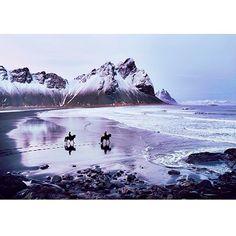Paseo por la #playa en #Islandia #Iceland