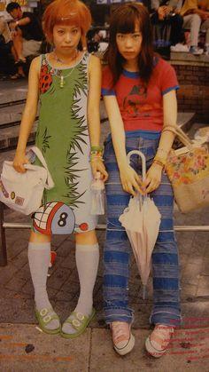 Harajuku Mode, Harajuku Fashion, Pretty Outfits, Cool Outfits, Fashion Outfits, Stylish Outfits, Japan Street Fashion, Tokyo Fashion, 00s Mode
