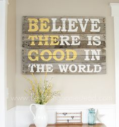 Amazing easy diy pallet projects and pallet ideas. We have compiled a list of 35 creative diy pallet ideas you must try, from chairs to tables to shelves. Wood Pallet Signs, Pallet Art, Wooden Pallets, Wood Signs, Pallet Ideas, Diy Signs, Diy Pallet, Outdoor Pallet, Barn Signs