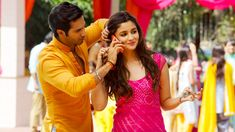 Friendship Quotes QUOTATION – Image : Quotes about Friendship – Description Heroine Alia Bhatt and Hero Varun Dhawan in Hindi Picture Film Scene Humpty Sharma Ki Dulhania Sharing is Caring – Hey can you Share this Quote ! Bollywood Couples, Bollywood Actors, Bollywood Celebrities, Bollywood Style, Bollywood Songs, Indian Celebrities, Hindi Heroines, Humpty Sharma Ki Dulhania, Alia Bhatt Varun Dhawan