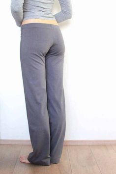 Střih na dámské rovné kalhoty - domácí, pyžamové nebo fitnes