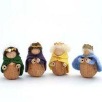 Walnut Royals free tutorial www.livingcrafts.com craft room