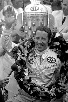 Mario Andretti Celebrates His Victory Indy Car Racing, Indy Cars, Most Popular People, Dangerous Sports, Lucas Oil Stadium, Indianapolis Motor Speedway, Mario Andretti, Ferrari, Grid Girls
