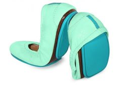 Mint Patent Tieks Ballet Flats // Mint green is surprisingly versatile, and is a really cute color this season!