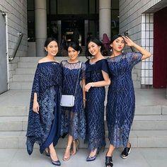 Photos and Videos - New Ideas Model Dress Kebaya, Model Dress Batik, Batik Dress, Model Kebaya Muslim, Dress Brukat, Hijab Dress Party, The Dress, Dress Outfits, Emo Outfits