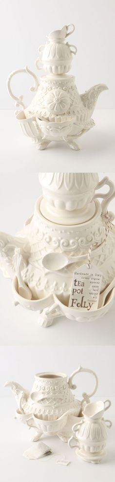 Stanhope Teapot -I really should probably just make a board dedicated to tea pots...i love tea pots so much.
