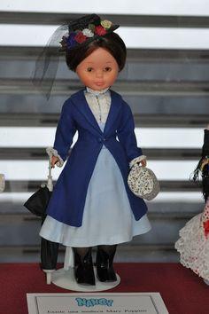 Dias de Nancys                                                                                                                                                                                 Más Doll Clothes Patterns, Girl Doll Clothes, Antique Dolls, Vintage Dolls, American Girl Crafts, American Girls, Nancy Doll, Dolly Doll, Spanish Girls