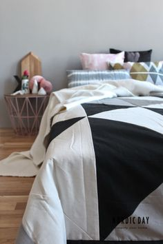 Nordic Day #scandinavian #nordic #designletters #bloomingville #fermliving #housedoctor #bynord #cushions #bedroom