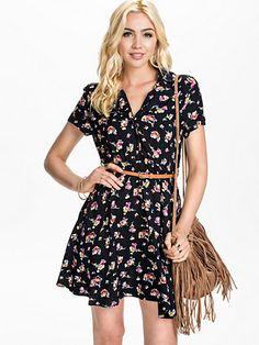 Floral Shirt Dress - Madam Rage - Navy - Klänningar - Kläder - Kvinna - Nelly.com