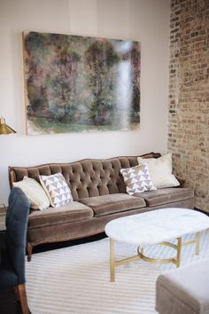 The Cordelle Loft Bridal Suite.  Fete Nashville, preferred wedding planner vendor.  Located in downtown Nashville's historic Rutledge Hill,   Indoor space with high ceilings, lots of natural light. Outside covered patio. Gorgeous manicured, flat lawn for ceremony or reception. Upstairs furnished loft for bridal suite.  Owned by 3 amazing friends with vast knowledge of event industry, timeless design and appreciation for this historic neighborhood.