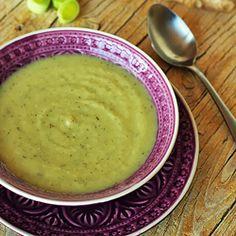 Sopa de chirívia com gengibre