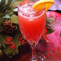 Cranberry Mimosas--Fun Thanksgiving Drink!