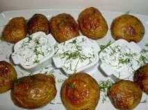 Rețetă Cartofi copti cu sos de iaurt Food And Drink, Potatoes, Favorite Recipes, Ethnic Recipes, Easy Food Recipes, Salads, Potato