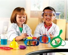 Wrapped up in Science: Top 40 Science Toys for Mighty Girls / A Mighty Girl | A Mighty Girl
