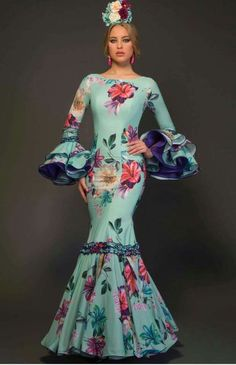 Flamenco Royal Dresses, Modest Dresses, 15 Dresses, Fashion Dresses, Flamenco Costume, Flamenco Skirt, African Print Fashion, Africa Fashion, Spanish Dress