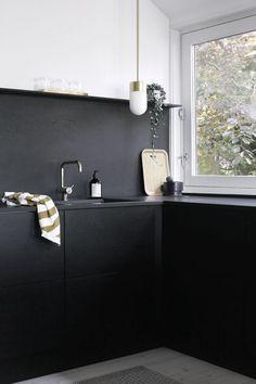 Minimalist Modern Kitchen Inspiration | Apartment Therapy