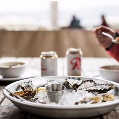 Hot chowder on a cold day (plus #oysters). @hamahamaoysters @rainier_beer #wildsideWA #hoodcanal #rainierbeer #food #yummy #happy #love #travel #instagood