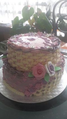 Pink and purple basket cake Roze paarse basket cake