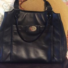 Kate spade black shoulder handbag  Black leather Kate spade shoulder handbag used all winner good condition cleaning out my closet it's time for it to go kate spade Bags Shoulder Bags