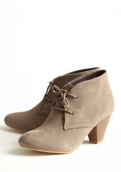First Meeting Lace-up Ankle Boots