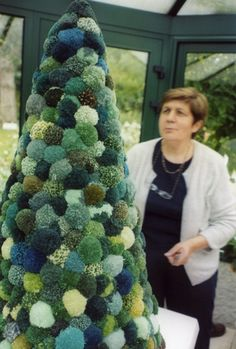 Giant Pom Pom Christmas Tree in shades of green, blue and cream Unusual Christmas Trees, Alternative Christmas Tree, Christmas Tree Design, Xmas Tree, Christmas Art, Christmas Wreaths, Christmas Decorations, Christmas 2017, Christmas On A Budget