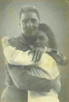 Intimate photo of Elvis and 14-year-old Priscilla